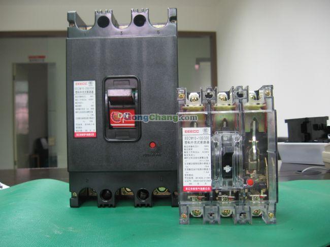 直流电压至220v及以下的电路中作接通和分断电路之用,断路器具有过载