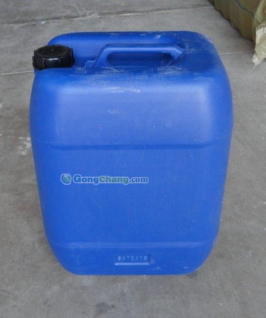 产品名称:25L闭口方形塑料桶 产品规格:长*宽*高:344*260*383 产品颜色:蓝色白色 产品容积:25L 产品材质:HDPE 产品用途:该产品主要用于食品类 液体 药业 化学试剂类包装, 密封效果好。避光效果好。质量可靠,运输方便。 主要用于农业,化工原料,食品包装,液体,固体,粉末体包装,采用高密度聚乙稀为主原料,节能环保, 联系电话:0534-3777051 谭先生 传真0534-3777051邮箱